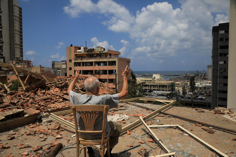 إضاءات على الماضي:  كيف استجابت الأمم المتحدة للأزمات المتعددة التي عصفت بلبنان خلال العام الماضي